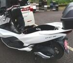 バイク用充電器でPCXバッテリー充電!使い方と場所、充電時間、おすすめの充電器!