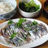 今日の食べ物 朝食に秋刀魚の刺身と麻婆茄子