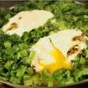 朝ごはんにフライパン一つな副菜!小松菜と卵の蒸し焼きのレシピ
