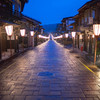 雨に降られた越中八尾・おわら風の盆:諏訪町