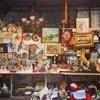 カドゥキョイの賑わう表通りと骨董が並ぶテルラルザーテ通り