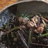 紅菜花と牡蠣のオイル漬けの炒め蒸し