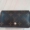 ブランド財布の耐久性と品質は本当に良い?20年使ったヴィトンの財布の使用感