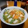 【一龍】キムチの酸味とスープの塩味が面白くマッチ(中区堺町)