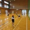 2年生:体育 ボールを投げる