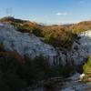世にも珍しい景色、風化によって出来た凝灰岩の珍しい山、奈良県屯鶴峯へ