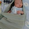 【スリングで赤ちゃんがぐっすり眠る】使い方、効果や注意点は?