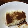 バニラアイスにインスタントコーヒーでティラミス