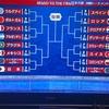 日本代表決勝トーナメント進出を祝う