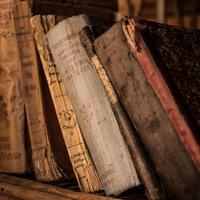 もう一度読み返したい本というのは少なく、それらの本をもう一度読み返すこともまた少ない