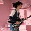 長岡亮介のギターソロはDMM18に陳列できる