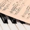 【読書感想文】ピアノ演奏を文章で表現…!?「蜜蜂と遠雷/恩田陸」