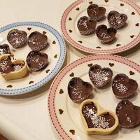 娘とバレンタインチョコ作り。セリアの製菓グッズでお手軽に♫