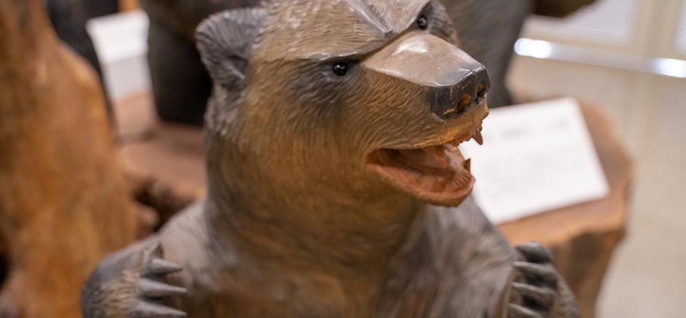 木彫り熊発祥の地、八雲で愛くるしい熊を堪能したら自分の原点を見つめ直せた