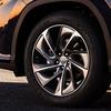 ● スポーツ車だけでなくSUVとかでもよく見かける最近の「切削光輝ホイール」とは?