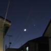 """木星と土星が400年ぶり大接近、月と神秘的な""""競演""""!"""
