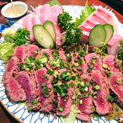 鯨の炙りはやっぱり旨いよ…!新高円寺の老舗「さかな陣兵衛」で鯨と日本酒を堪能し尽くしました