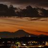 富士山が初冠雪したそうですが多摩からも確認できました