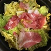 豚肉と白菜などを蒸したもの
