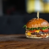 【アメリカ】ハンバーガー対決:西のIn-N-Out vs. 東のShake Shack