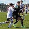 若年サッカー選手における動作スキルのレベルと傷害の関連(神経路を刺激することは、運動プログラミング、予備的な筋活動、反射的な神経筋応答の向上をもたらし、動的な関節の安定性と運動スキルが向上する)
