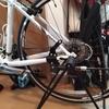街乗りメインのクロスバイクにぴったりのサイドスタンド ~ GIZA アジャスタブルサイドスタンド ~