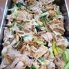 豚肉とタア菜、下仁田葱の炒め物