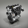 MAZDA2へ新たに搭載された高圧縮版SKYACTIV-G 1.5のエンジンカバーに関する日本と欧州の違い。