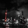 白黒+赤の上海を撮影するとなかなか良い感じですね。