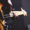 邦ロック好きのギタリストが教えたい、「ベースに痺れる」5つの名曲