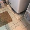 洗濯機の下のホコリとか溜まっちゃうところをスッキリさせた簡単DIY