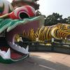 台湾の高雄に広がる「蓮池潭」の龍と虎に守られた「龍虎塔」