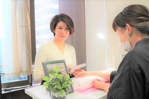 ネイルサロン「ティーエヌ天王寺」オープン|スーパーホテルで得たマネジメント力を糧に