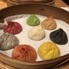 【14/100食】8色の小籠包が素敵 パラダイスダイナシティの「8色小籠包」