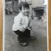 一番最初の記憶。ぶかぶかの革靴を履いた日。