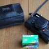 Konica C35 EFというフイルムカメラの準備完了。27枚しか撮れないけど27枚も撮りたいものがない。