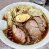 喜楽〜創業60年以上!?道玄坂の名店で啜る絶品チャーシューワンタン麺〜