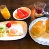 乗鞍高原プチホテル アルム宿泊記 朝食の自家製パンが絶品の宿に泊まり、乗鞍岳ご来光バスに乗る一人旅