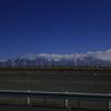 ウルムチまで高速から眺める天山山脈の絶景-中国シルクロードの旅行記(13)