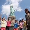 中国は悲惨だ。年間150万人が国を捨て、海外へ逃げていく。