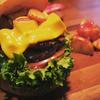 吉祥寺のヴィレッジヴァンガードダイナーでテキサスビーフィーバーガーを食べてきました!