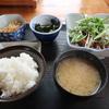 ニンニク醤油たれが絶品! カツオのタタキ定食 @水戸 魚いちず