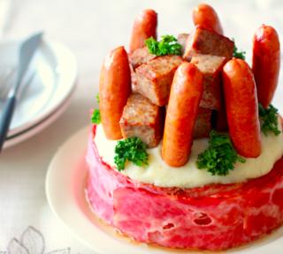 【レシピ】クリスマスこそ肉だ!贅沢すぎる夢の「肉ケーキ」レシピで肉好き大歓喜