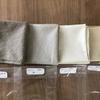 人気のハーブ、カモミールで染める綿ローンのハンカチ