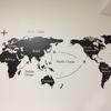 旅行好きにはたまらない?クールな世界地図ウォールステッカー