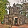 「プリアピトゥ」5つの寺院群を見て~「勝利の門」をくぐってから「アンコールトム」を出る!!