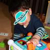 1歳のプレゼントは「コップ重ね」「型はめパズル」【子どもが喜ぶものをブログで紹介】