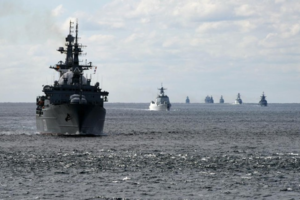 1142夜:中ロ艦が大隅海峡同時通過 津軽海峡から日本半周
