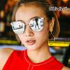 派手色韓国女優しているレディースサングラス!