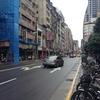 台湾旅行三日目(2)。檳榔店を眺めて歩く。剝皮寮から西本願寺広場へ
